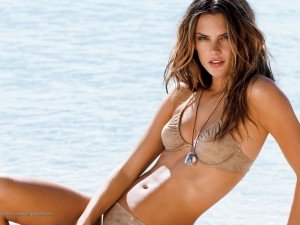 alessandra_ambrosio_hd_bikini-normal